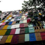 <!--:es-->El edificio de las 1000 puertas<!--:--><!--:en-->The 1,000 doors building<!--:--><!--:zh-->1000个门的建筑<!--:--><!--:KO-->천 개의 문<!--:-->