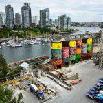 Transformando silos en obras de arte públicas