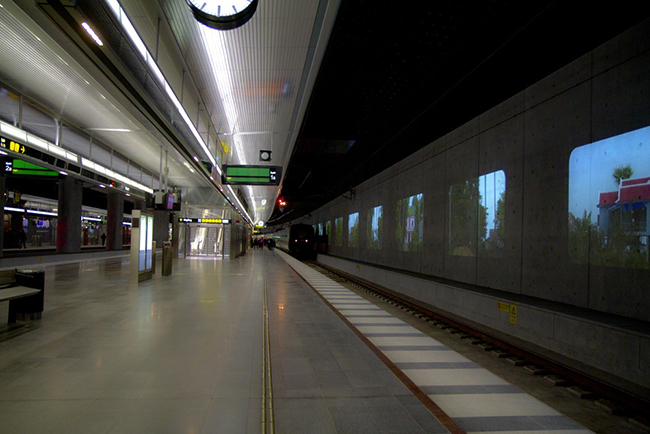 elsewhere-video-art-installation-railway-station-malmo-sweden-more-than-green-05