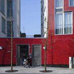 <!--:es-->El generoso gesto de un edificio de viviendas de protección oficial en Londres<!--:--><!--:en-->The generous gesture of a social housing building in London<!--:-->