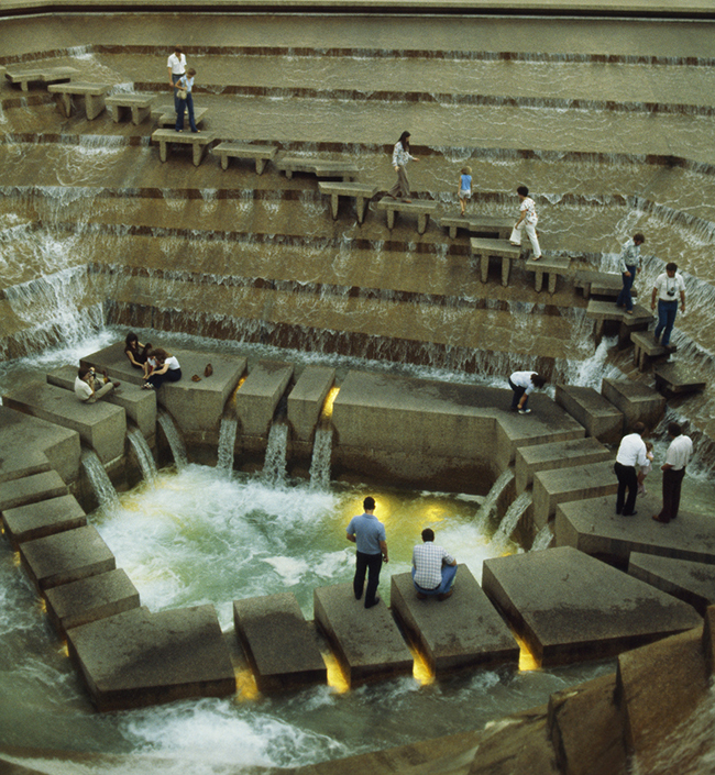 The Active Pool, a waterfall at the Fort Worth Water Gardens