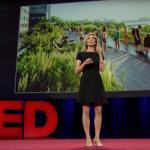 """TedTalk: """"La importancia del espacio público: como hace funcionar a las ciudades"""" por Amanda Burden"""