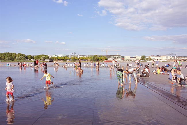 water-mirror-place-cool-off-bourdeaux-more-than-green-11