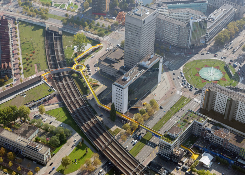 puente-peatonal-luchtsingel-urbanismo-crowdfunding-rotterdam-pedestrian-bridge-urbanism-more-than-green-morethangreen-3