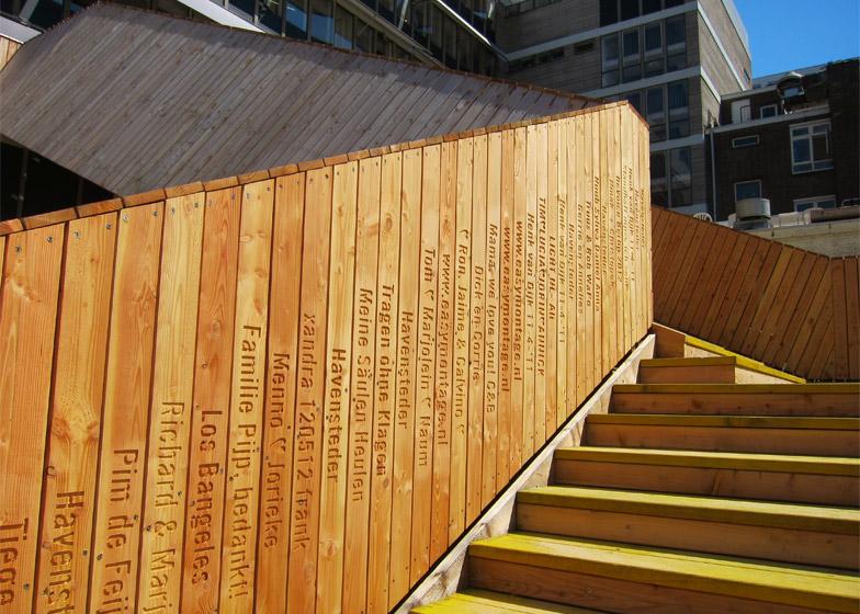 puente-peatonal-luchtsingel-urbanismo-crowdfunding-rotterdam-pedestrian-bridge-urbanism-more-than-green-morethangreen-6