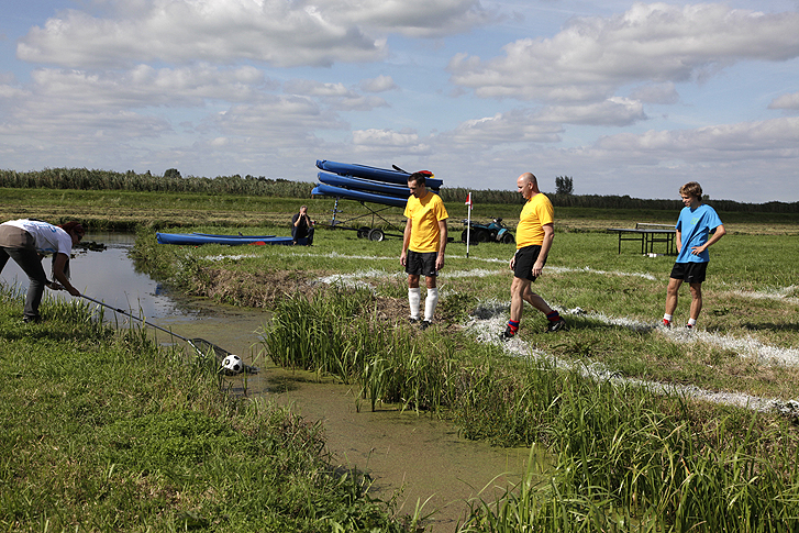 Polder-cup-football-pitches-Dutch-polders-more-than-green-08