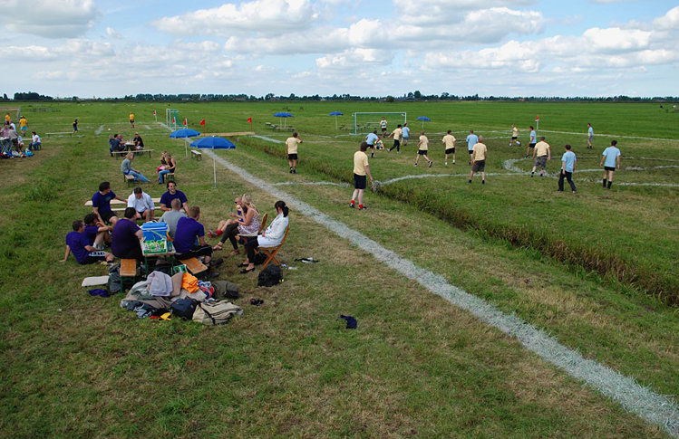 Polder-cup-football-pitches-Dutch-polders-more-than-green-09
