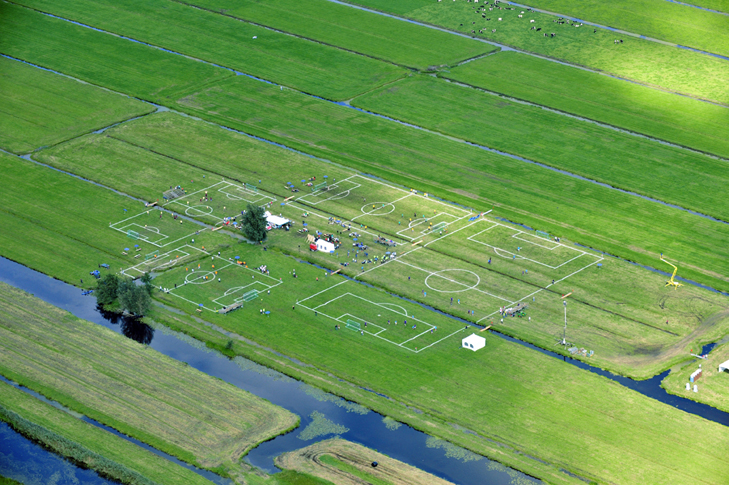 Polder-cup-football-pitches-Dutch-polders-more-than-green-11
