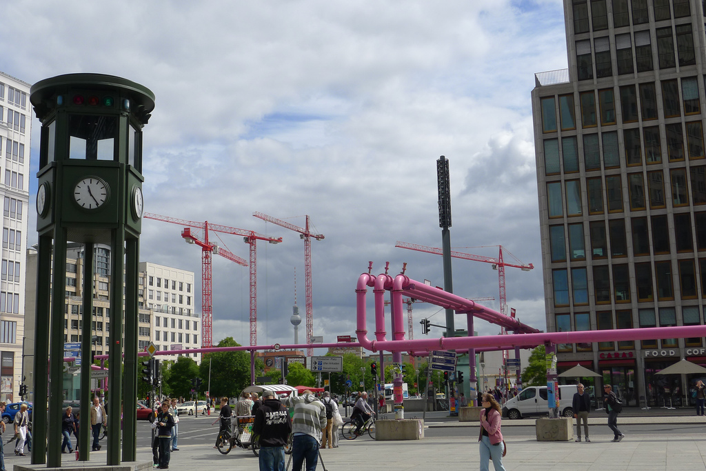 berlin-pink-pipes-more-than-green-03