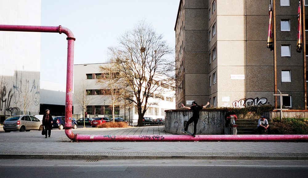 berlin-pink-pipes-more-than-green-09