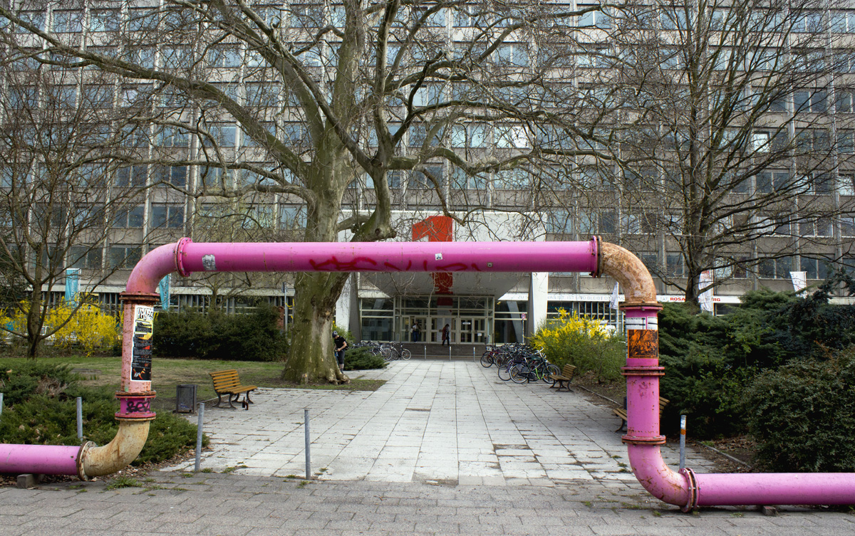 berlin-pink-pipes-more-than-green-12