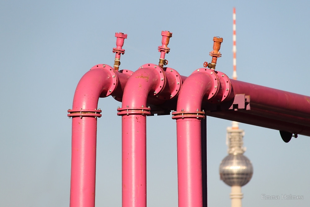 berlin-pink-pipes-more-than-green-14